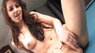 Emo girl si masturba