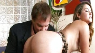 video porno con selen film tettona