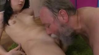 Olga chiavata da un vecchio