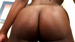 Ragazza ebony sexy