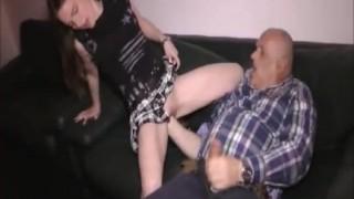 Fisting vaginale per bella milf