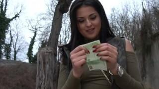 Orgasmi outdoor per bellezza serba